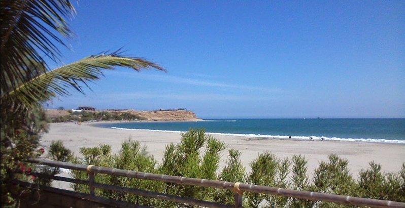 Peru: Der Los Organos Beach