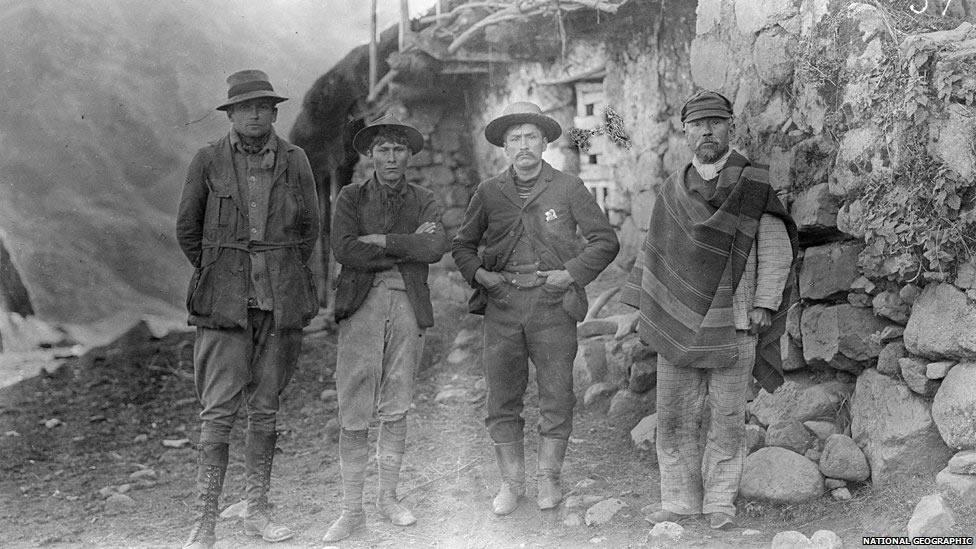 Hiram Bingham und Team vom Machu Picchu