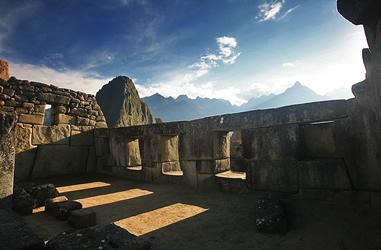 Tempel auf den Sonnenaufgang ausgerichtet