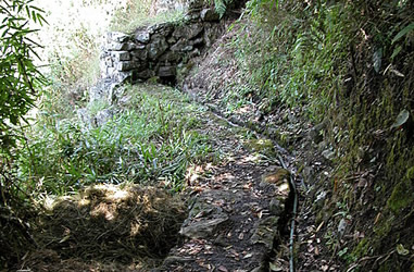 Wasserleitung zum Brunnensystem