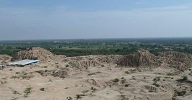 Blick auf die Lehm Pyramiden