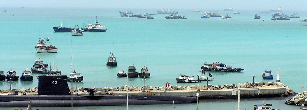 Callao Hafen Schiffe