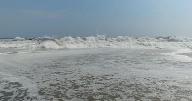 Hohe Wellen Punta Rocas bei Punta Negra
