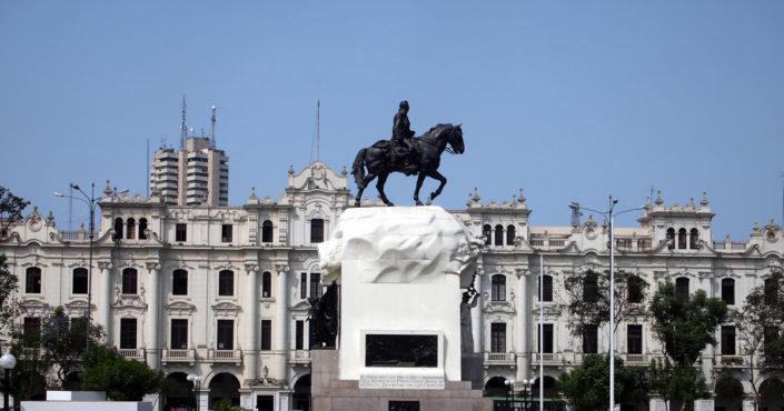 Der Plaza de San Martin - Erinnerung an Limas Unabhängigkeitskampf