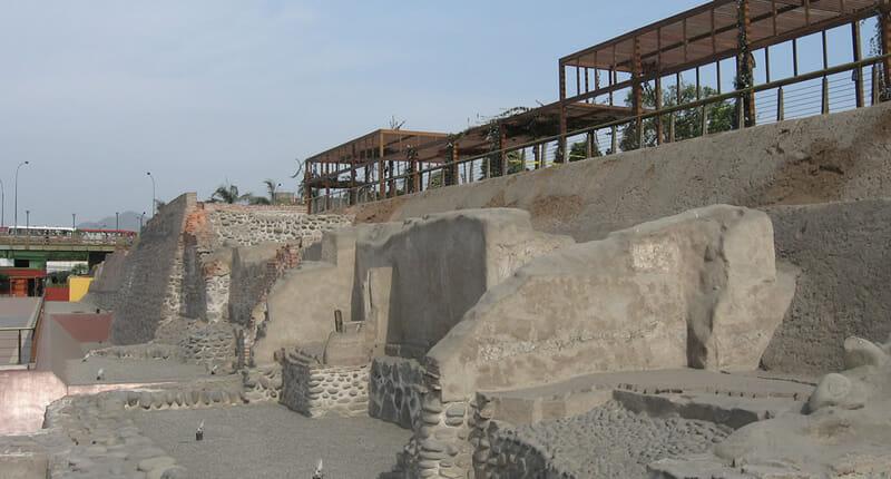 Parque de la Muralla Lima Peru