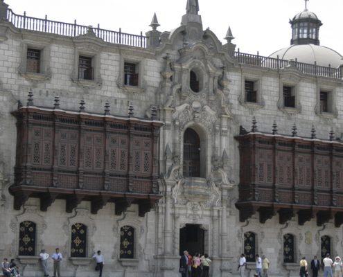 Der Palast des Erzbischofs in Lima