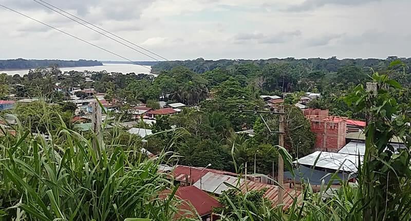 Puerto Maldonado Blick auf Rio de Madre de Dios