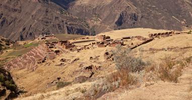 Blick auf Ruininen von Huchuy Qosqo