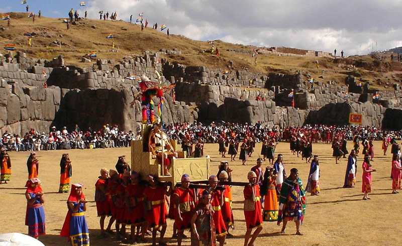 Inti Raymi - Das farbenfrohe Festival der Inka-Kultur